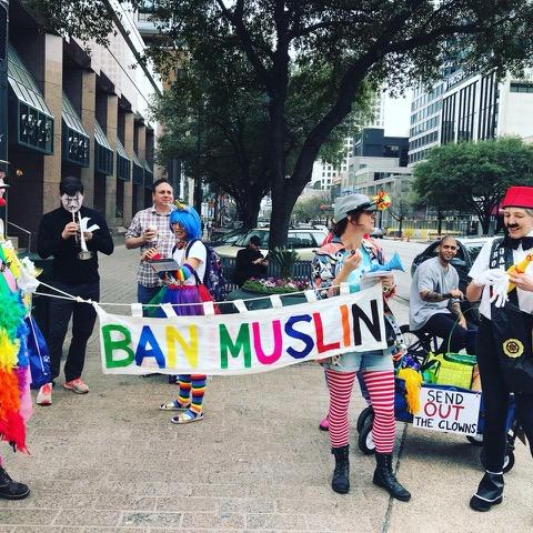 Ban Muslin banner
